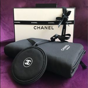 Limited Edition CHANEL Makeup Pouch/Brush Holder